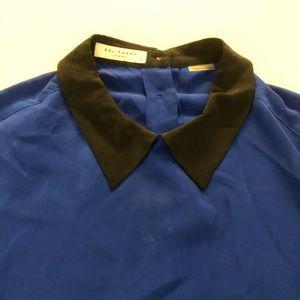 Equipment Tops - Equipment 100% Silk Blouse Button Back